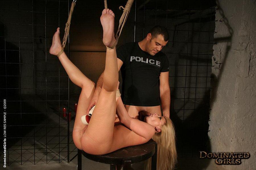 porno-nakazal-politseyskiy