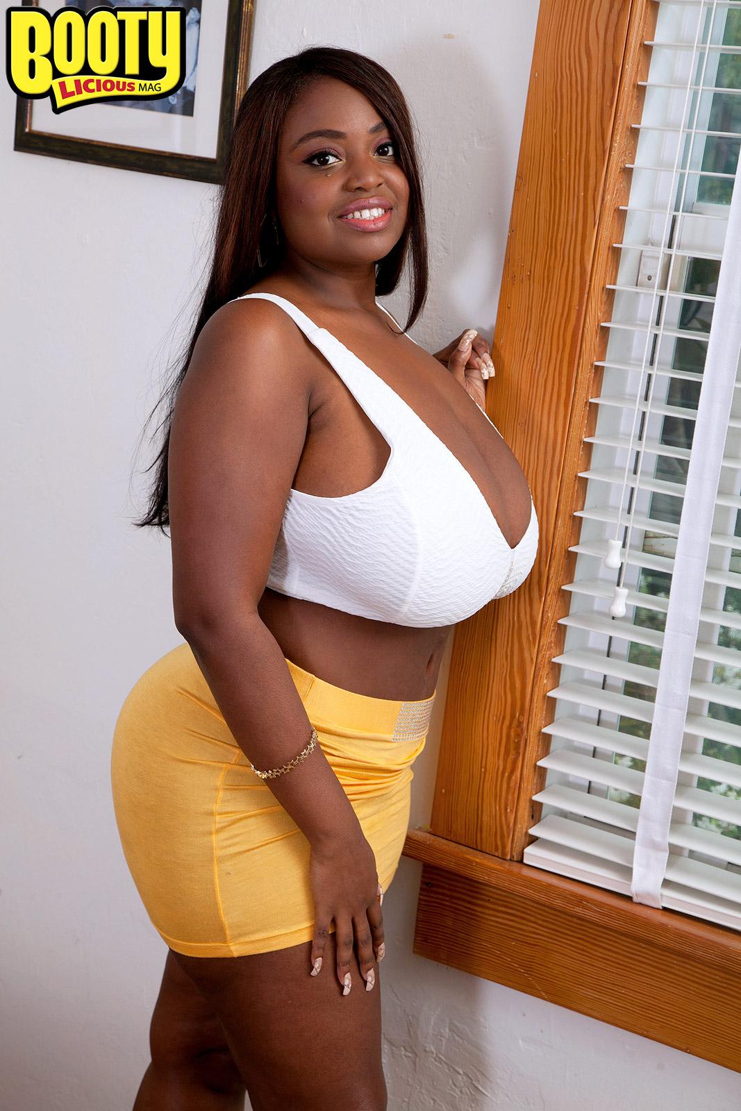 Olivia Jackson - Jacksons Fine - Bootylicious Mag 103024-1390
