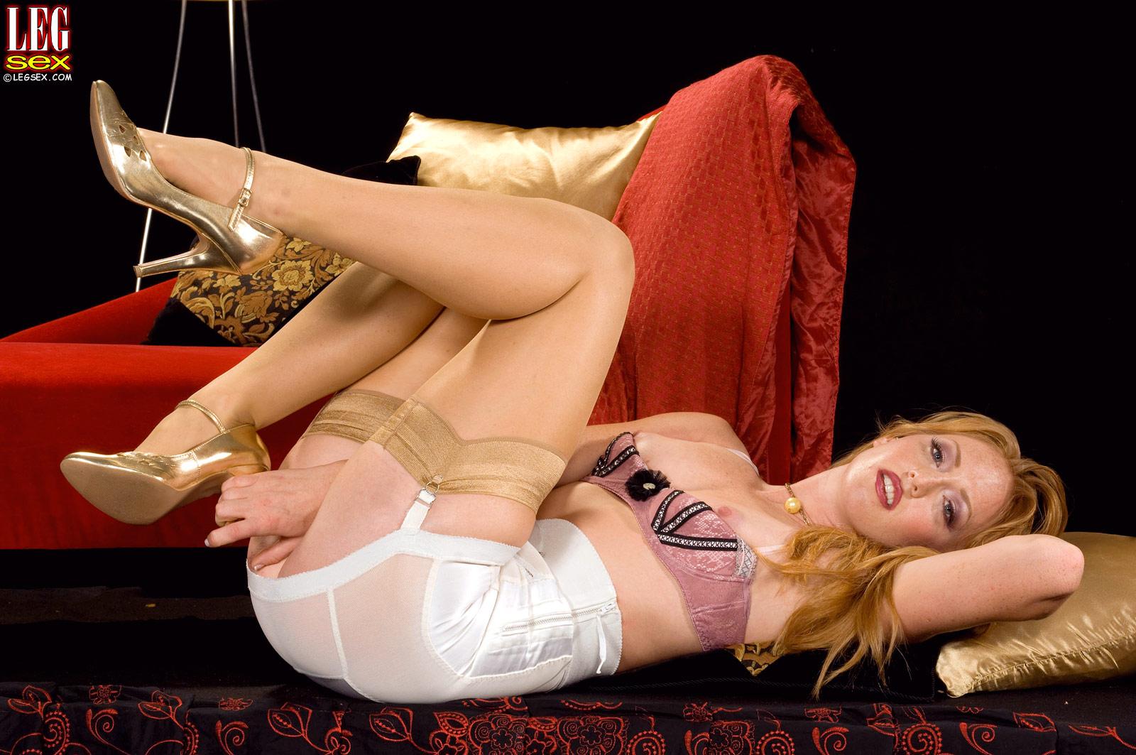 Super hot leg sex girlfriend