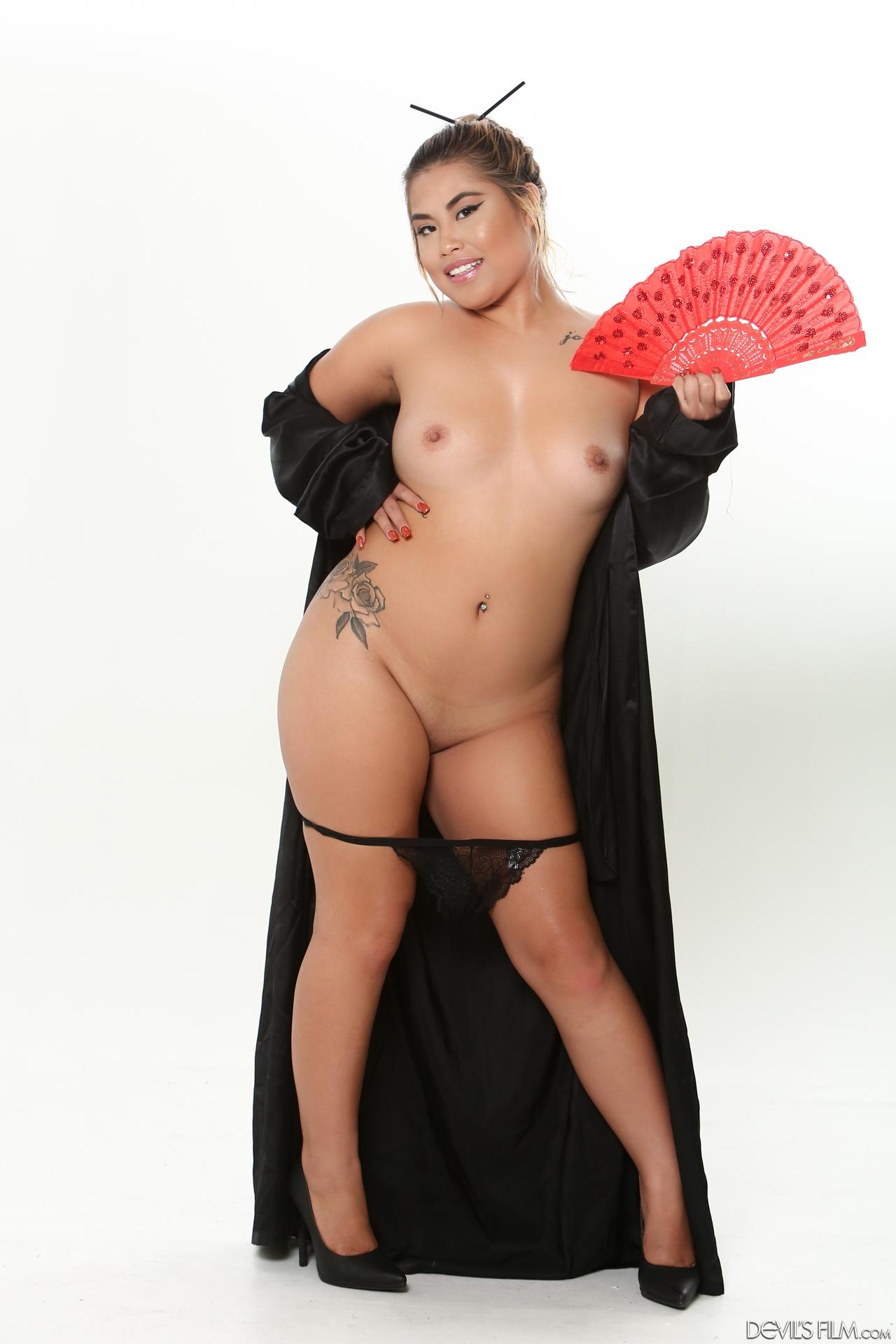 kehlani boobs