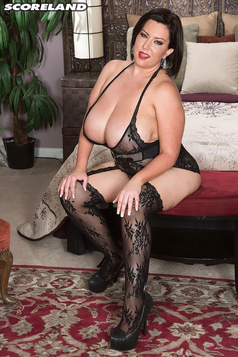 nude pictures of mature ladies