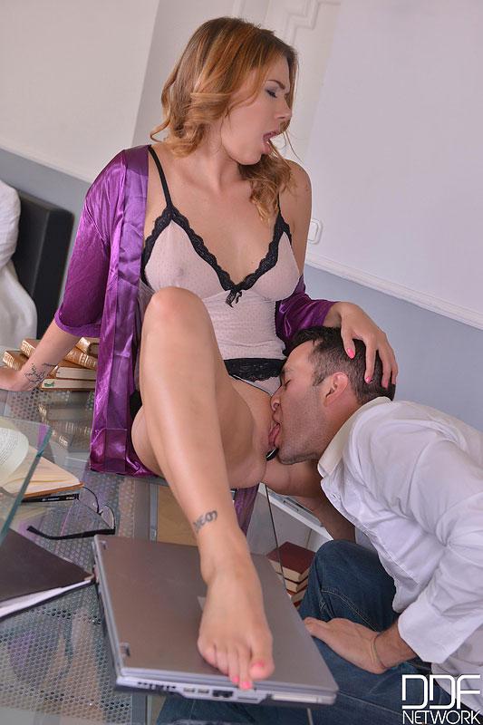 Blindfolded Wife Big Dick