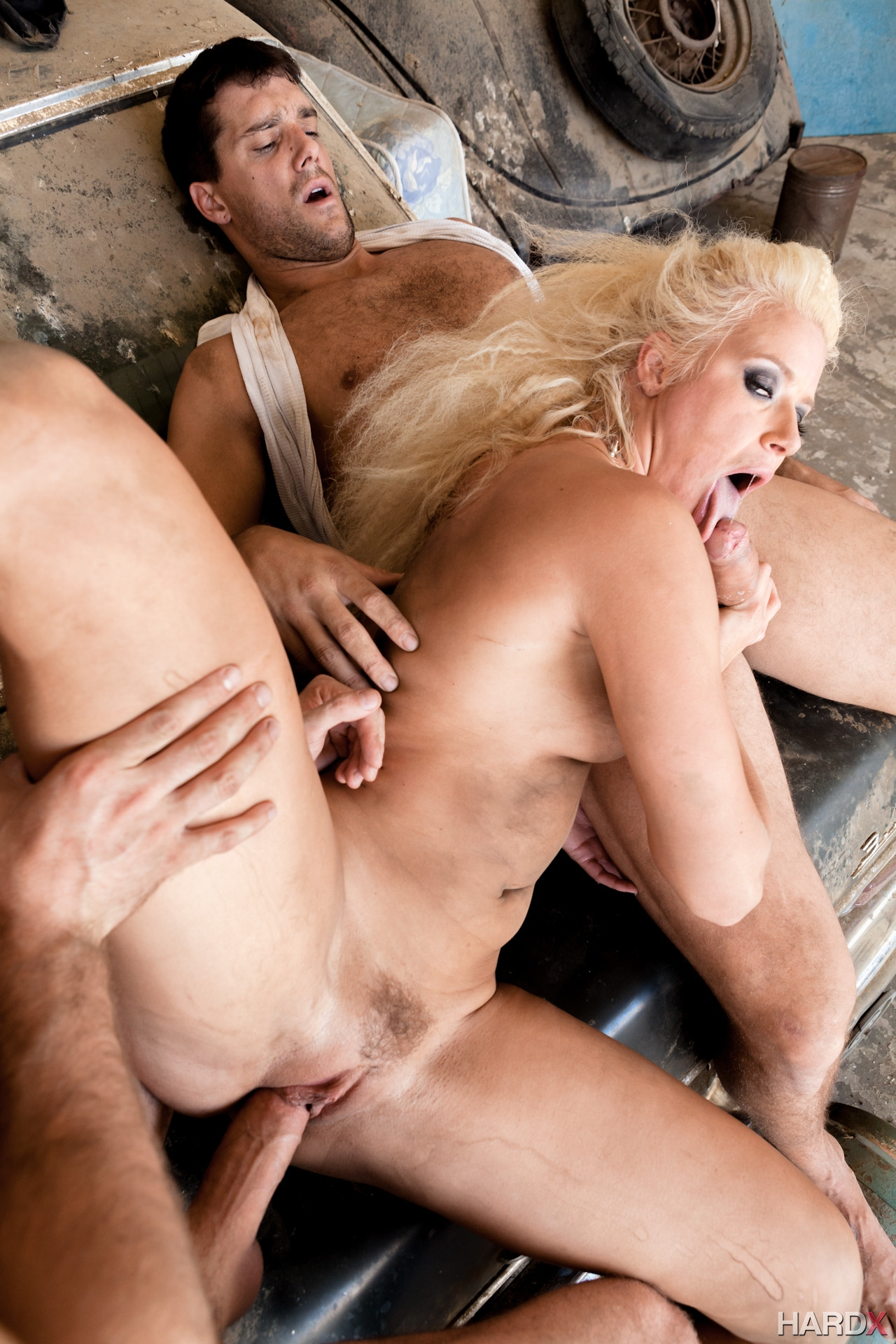 Anikka Albrite Sex And Submission