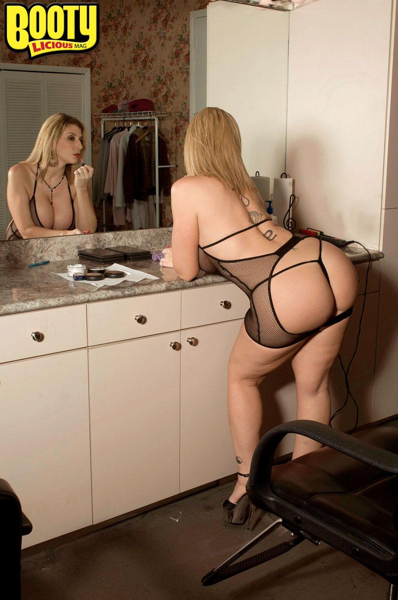 Sara Jay Ass - Sara Jay - She Can Get It - Bootylicious Mag 110770