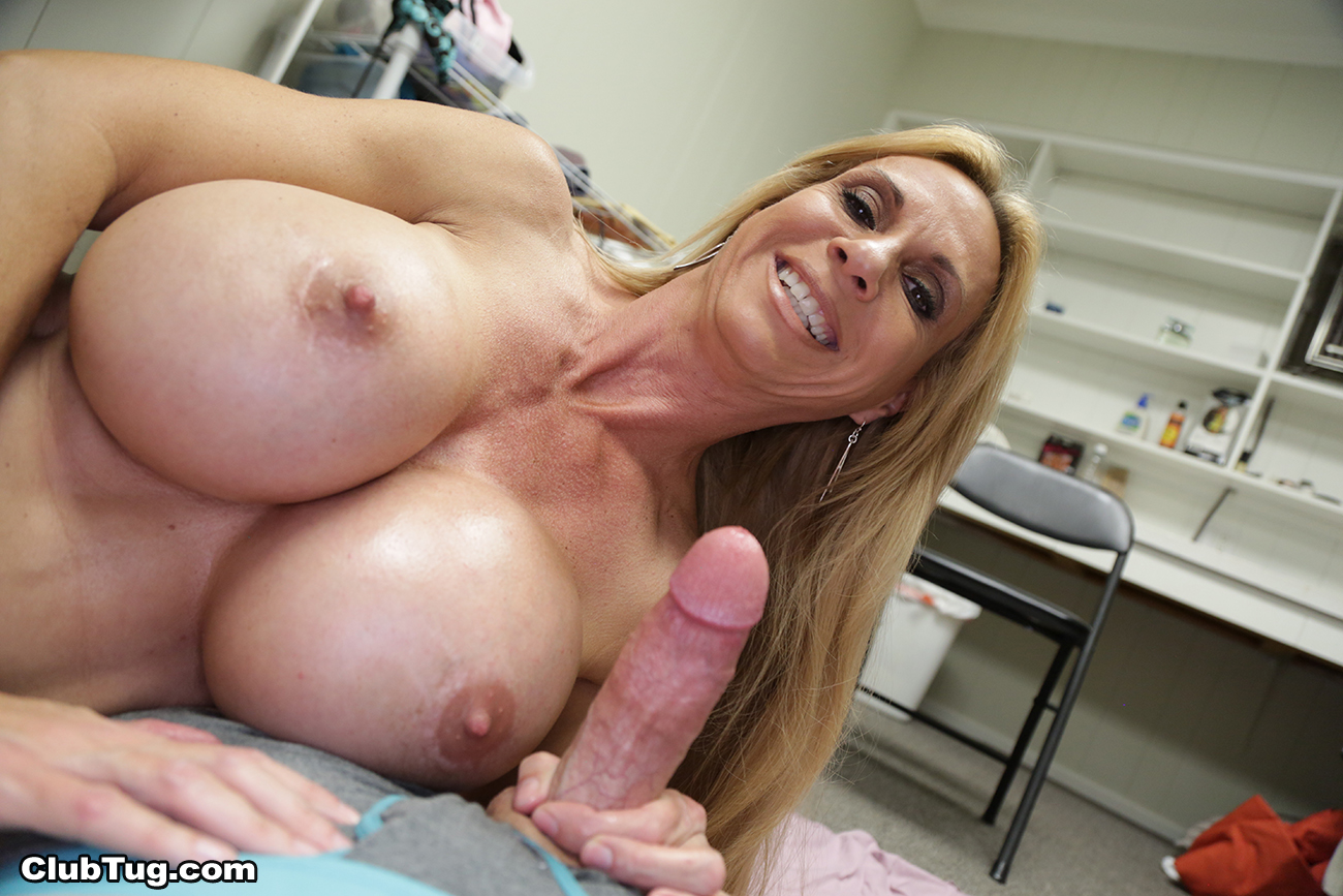 Mature women having extreme orgasms