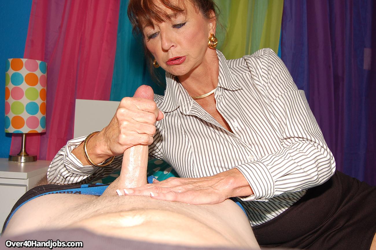 Old lady handjobs
