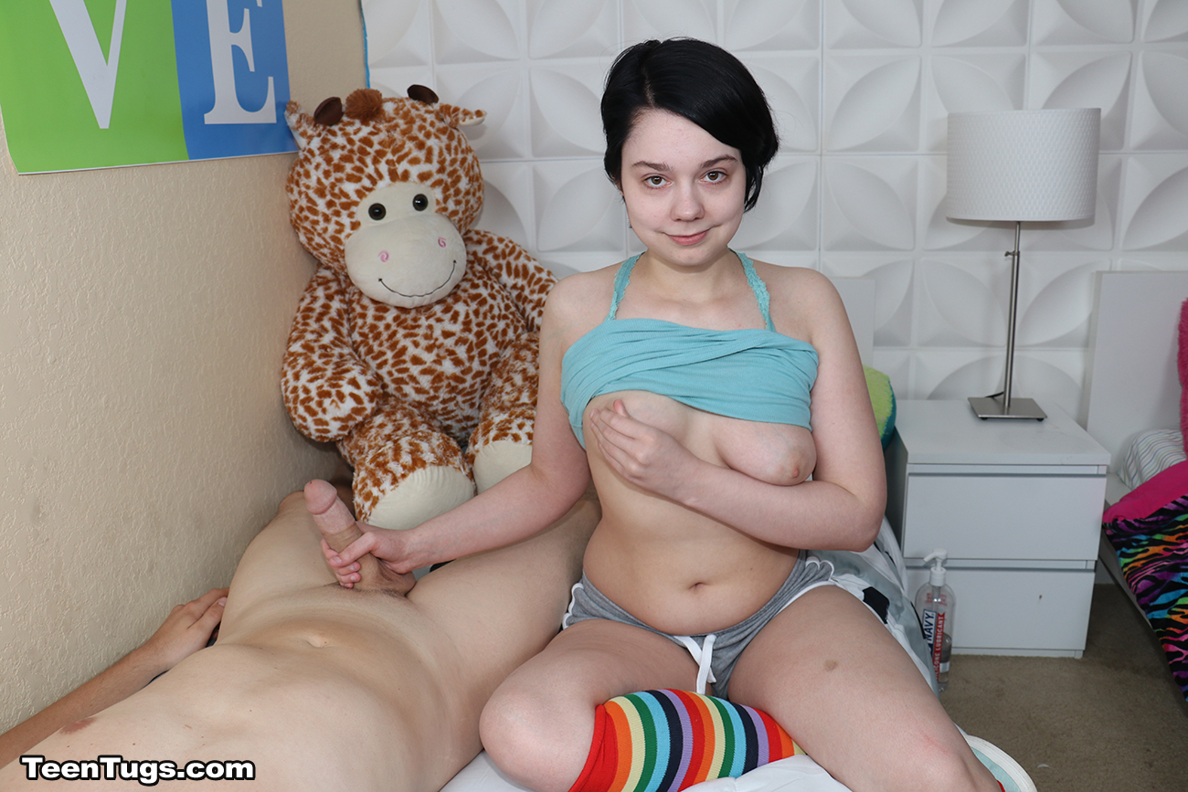 Lily Marie - Lilly Marie My Very First Time - Teen Tugs -8352