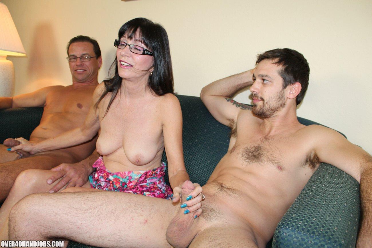 бабы дрочат мужикам порно онлайн