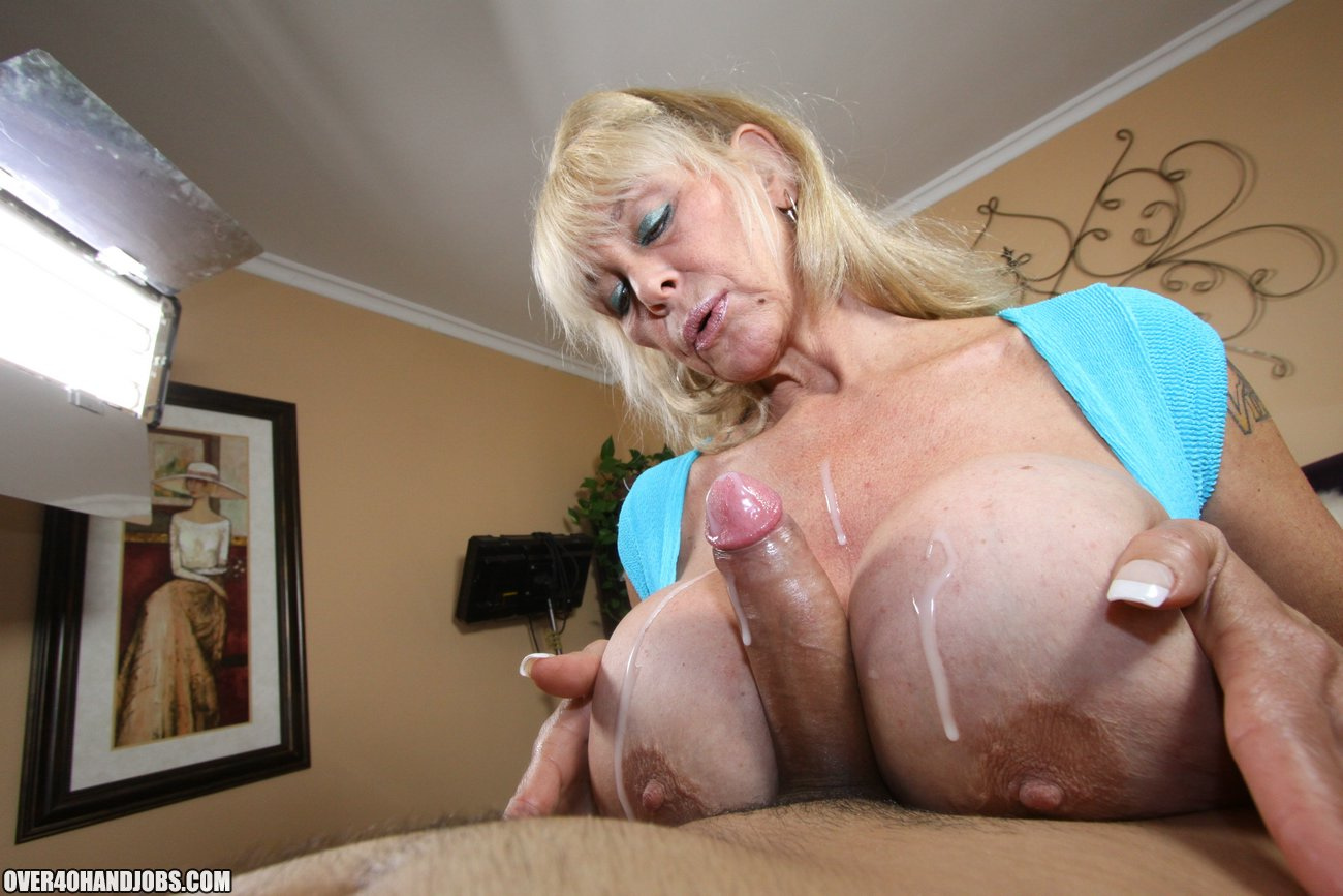 Free vintage mature sex images and classic erotica with vintage lesbians porn