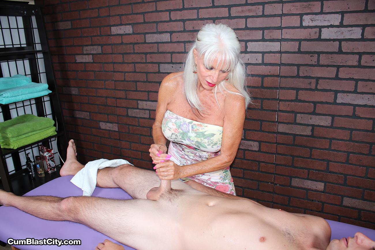 Mature masseuse sally dangelo wildly wanking cock 7