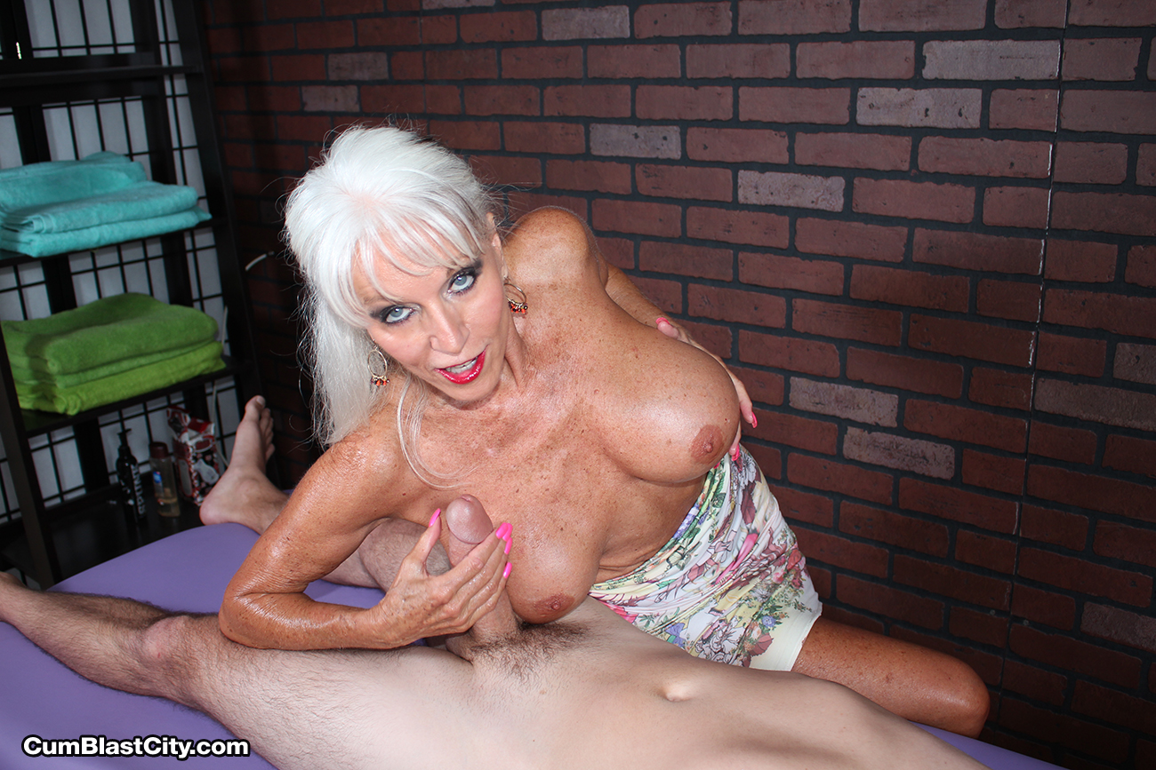 Mature masseuse sally dangelo wildly wanking cock