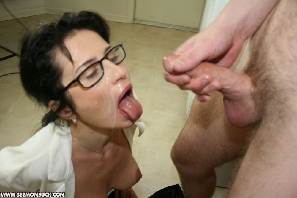 naked-college-son-cums-on-mom-fucking
