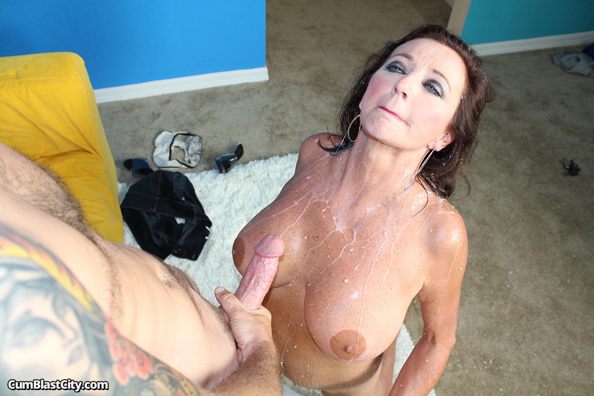 Free Big Boob Mom And Son Porn Pics