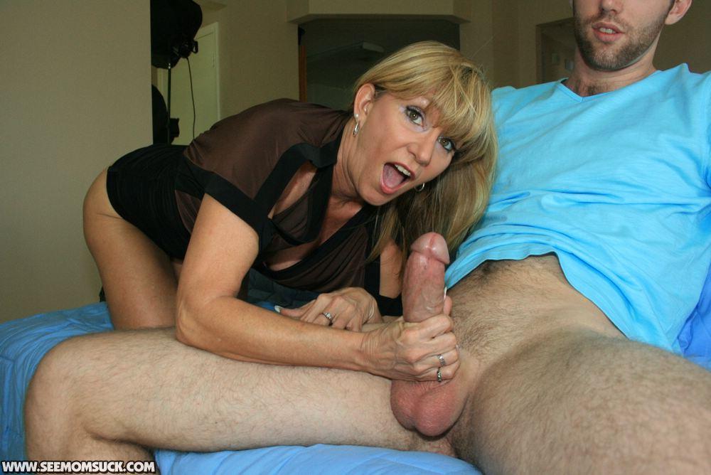 Mom loves hard cock