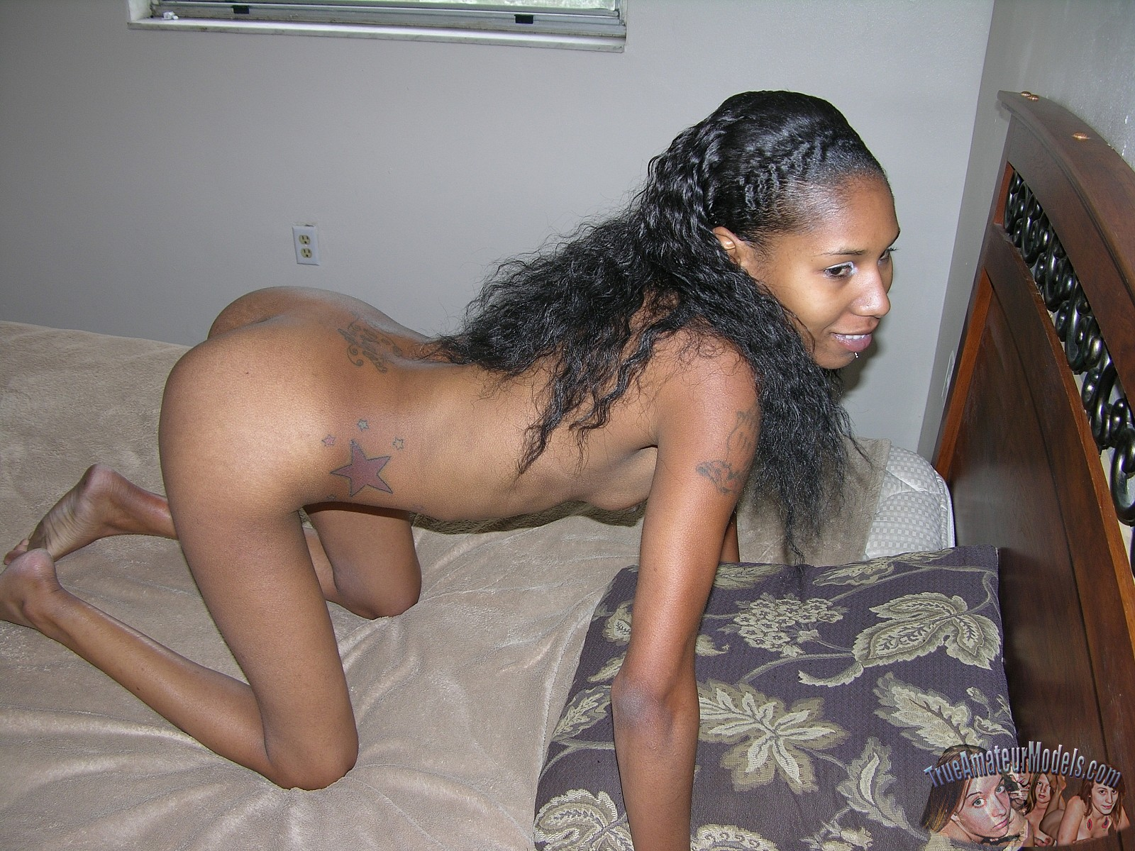 Amateur ebony naked — 14