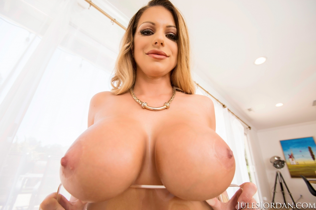 Big Tits Milf Porn Pic