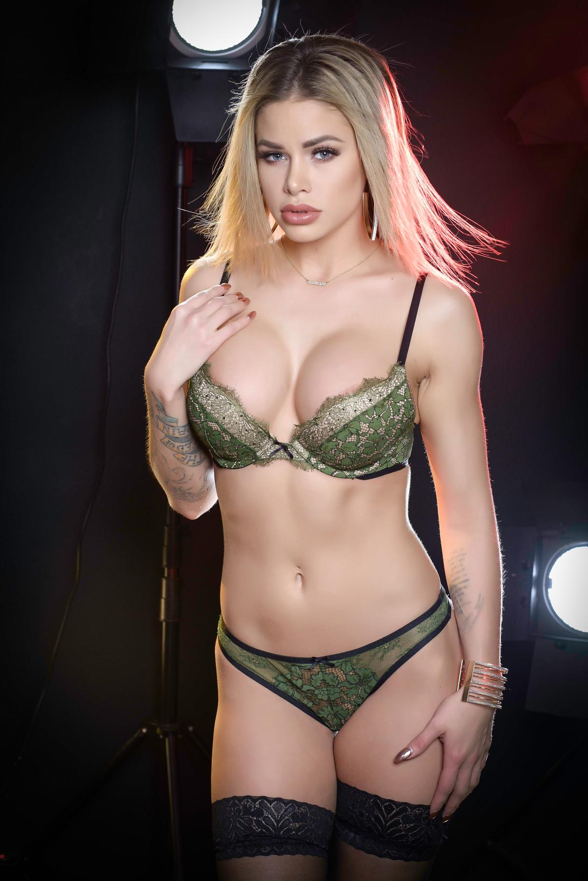 Jessa Rhodes In Sexy Photoshoot 118605