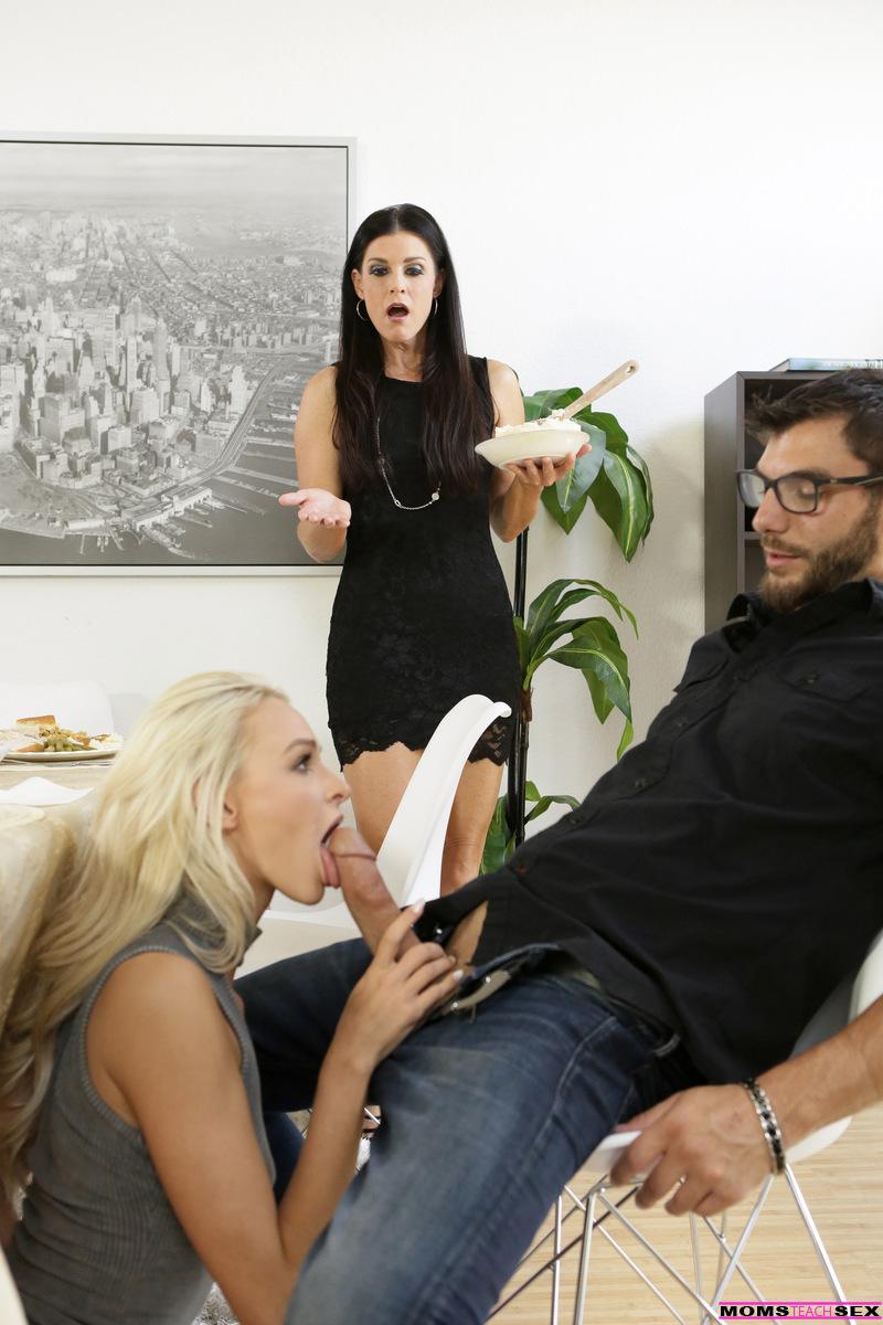 India Public Sex Caught