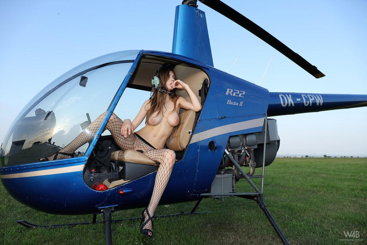 Sucking flying girls naked