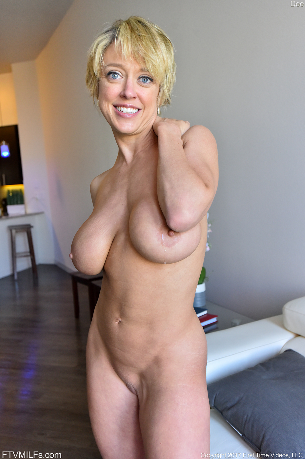 naked hotmom with boy