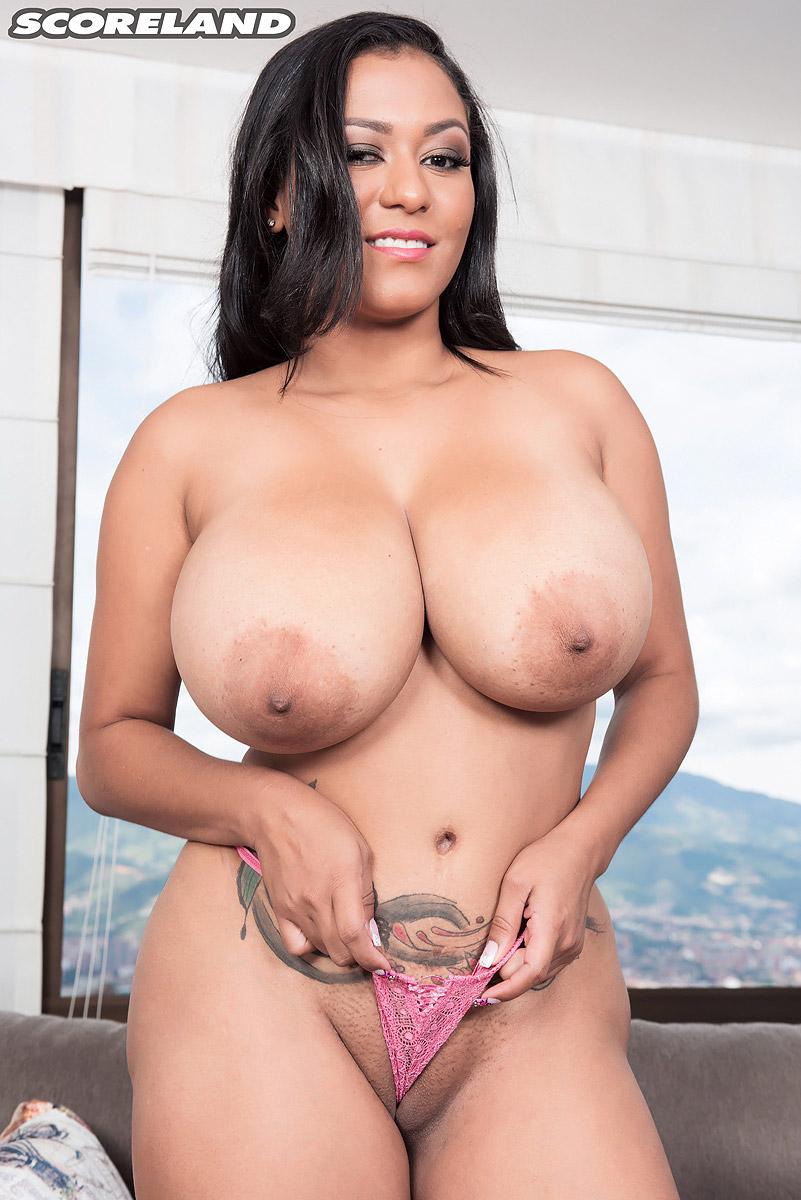 Shanie Love Tits