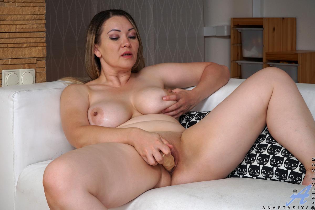Бабы фото мастурбация простых домохозяек онлайн видео италия мамки