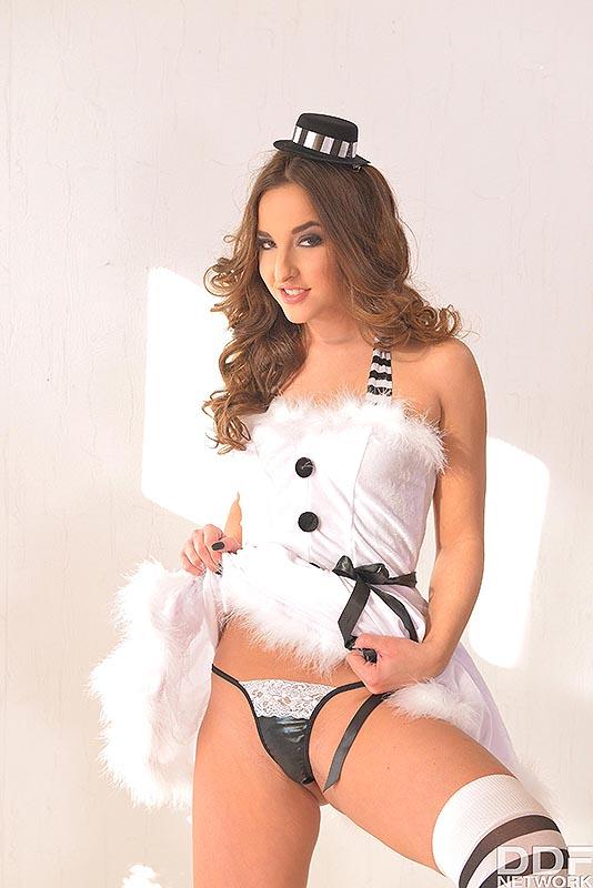 Snow bunny dating