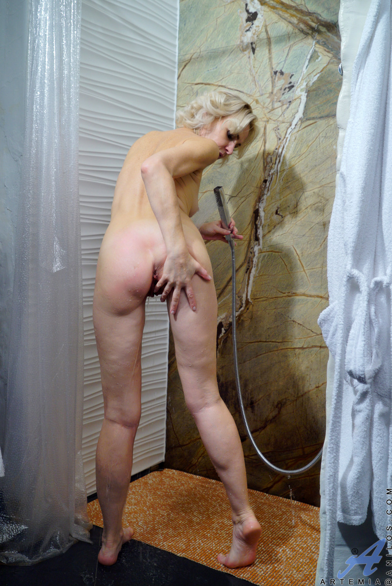 family nude and fucking
