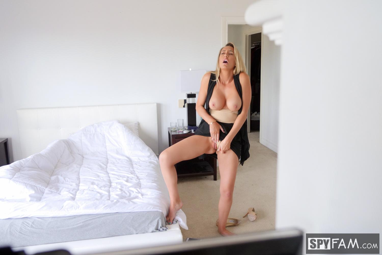 Elen cole nude