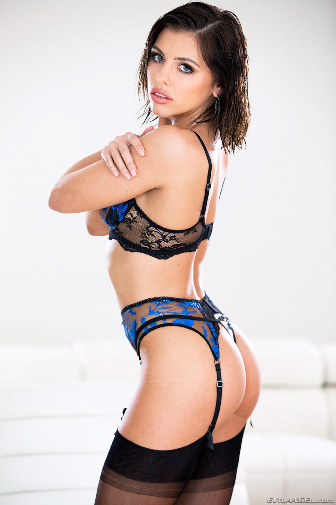 Adriana Chechik The Ultimate Slut adriana chechik: ultimate slut sc. 2 - evil angel 133516