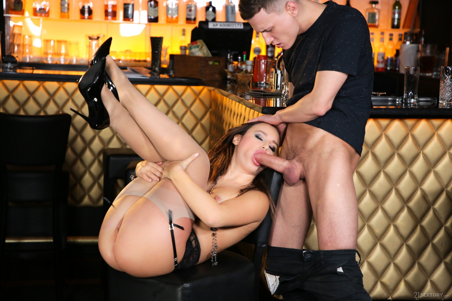 Anal in the club