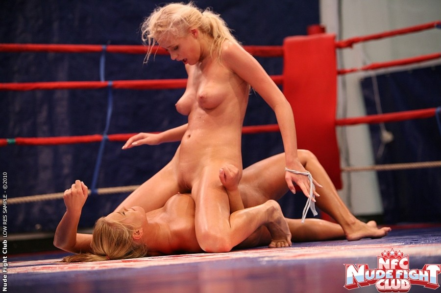girl-fight-pussy-shot