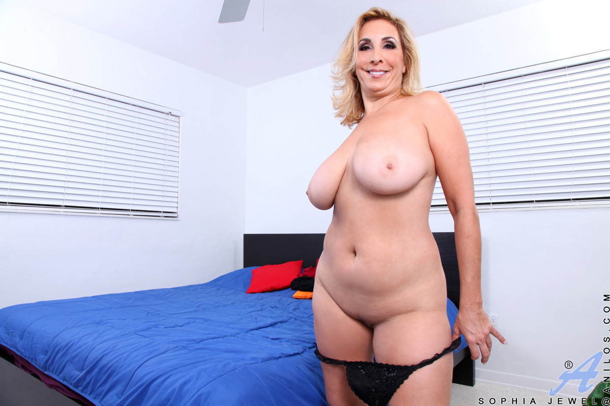 Sexy busty blonde 40 minutes fucking 2 men 10
