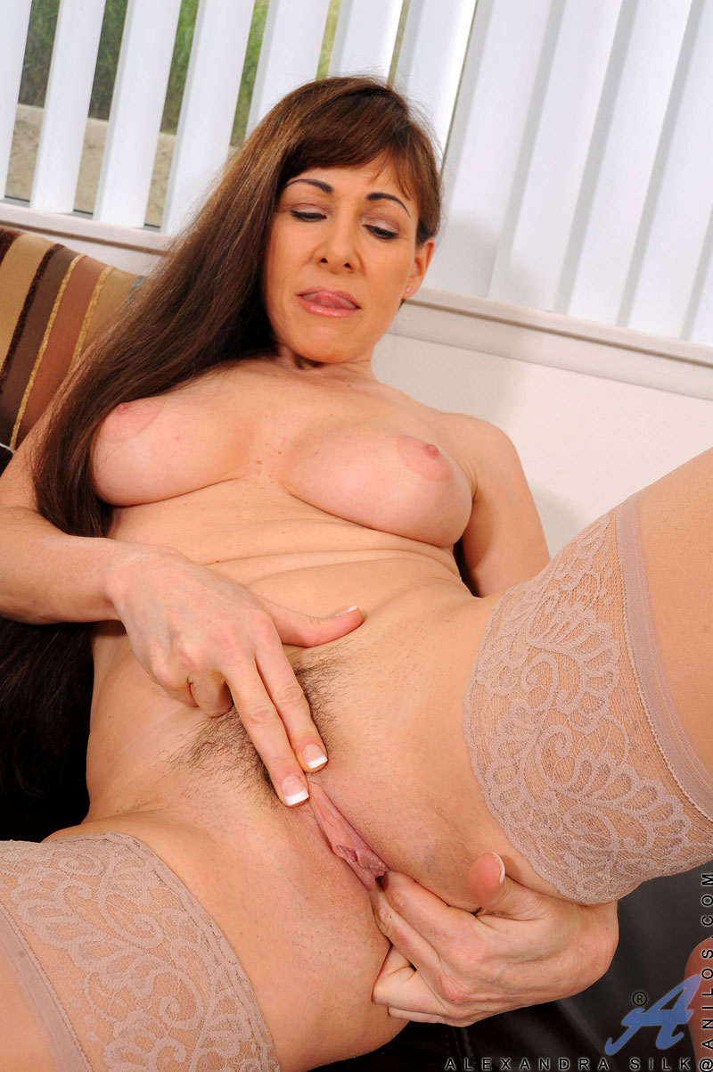 Alexandra silk mature — photo 2