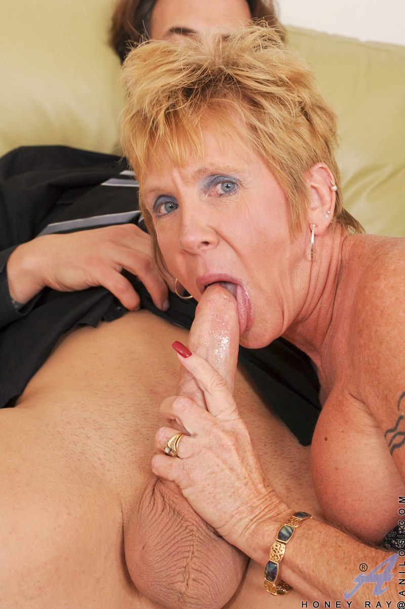 Hungry mature sex