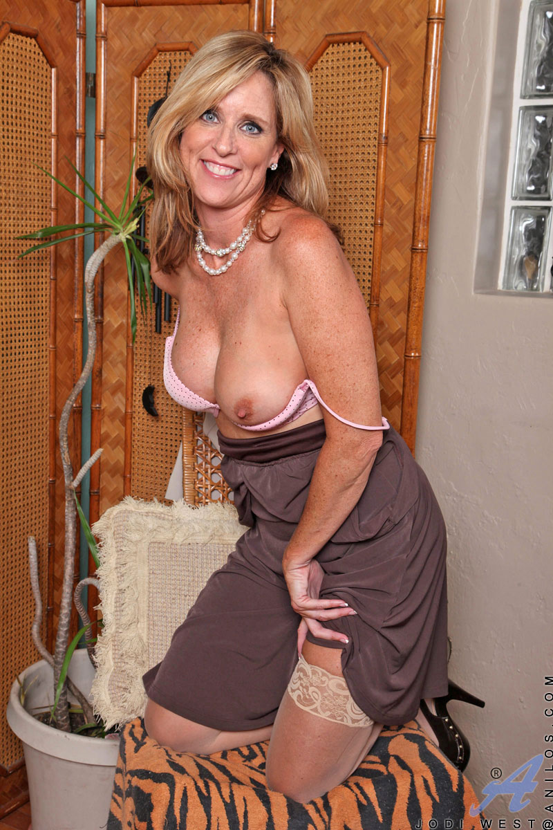 Amateur Milf First Time Camera