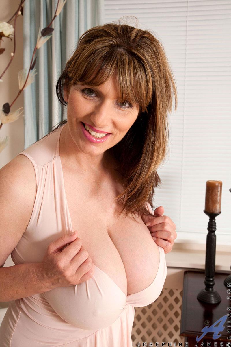 Josephine james mom with big tits bbw mature milf 8