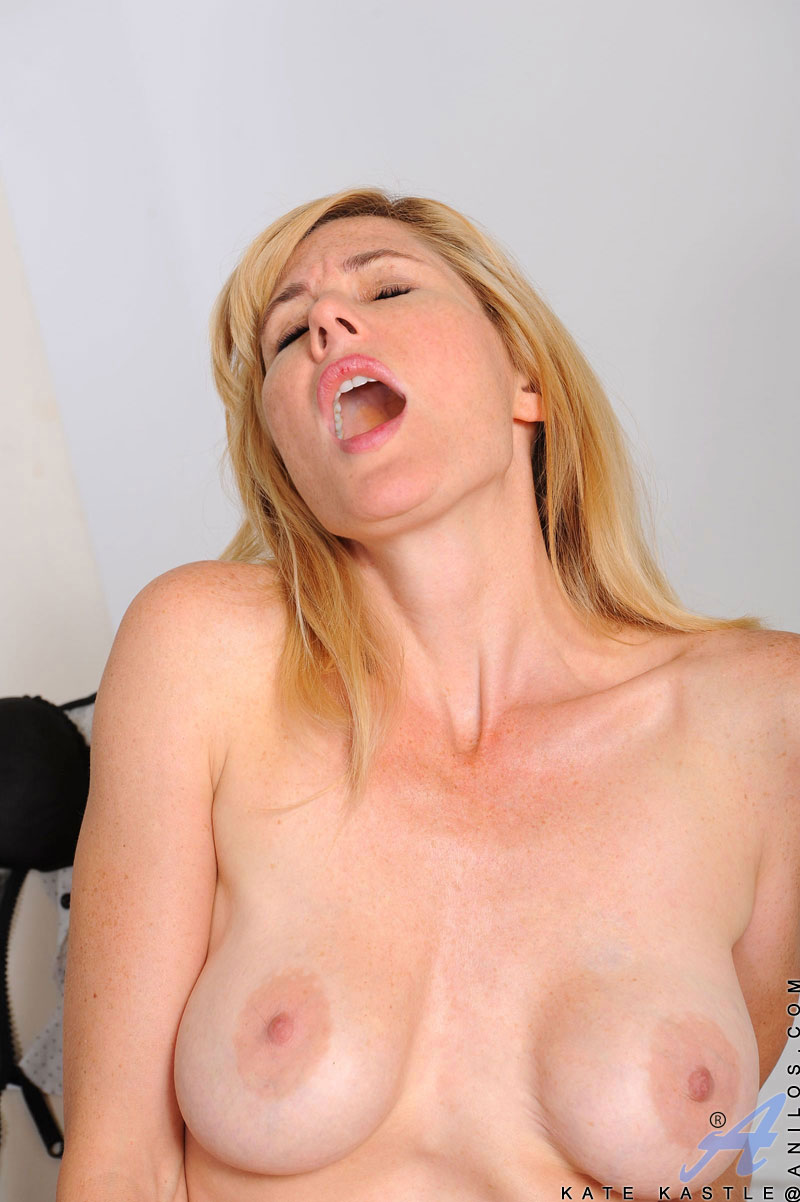 Mouth to mouth dana dearmond and lorelei lee