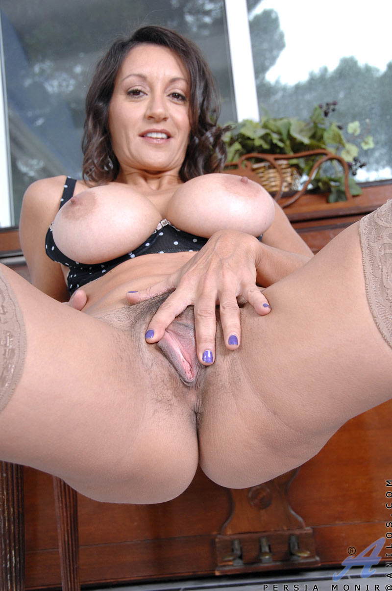 A beautiful mature persia monir well what happens 2