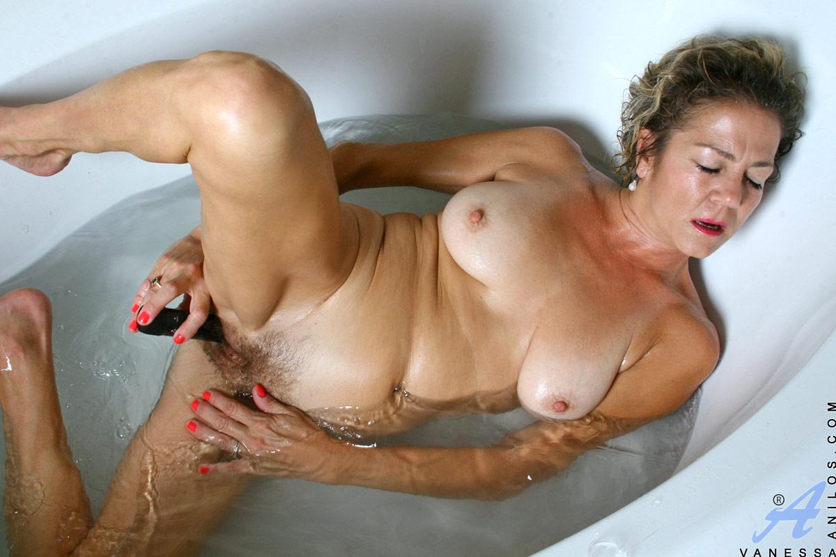 Naked Bathing Girls