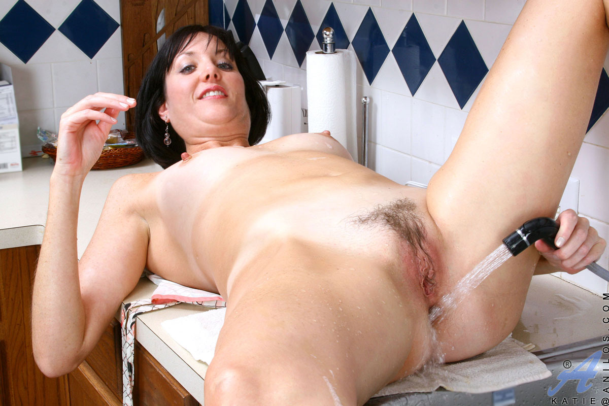 Real Homemade Milf Housewife