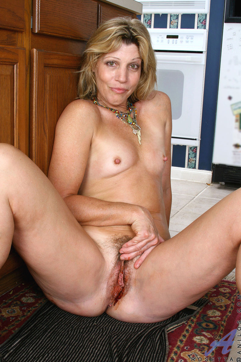 Hot Housewife Porn