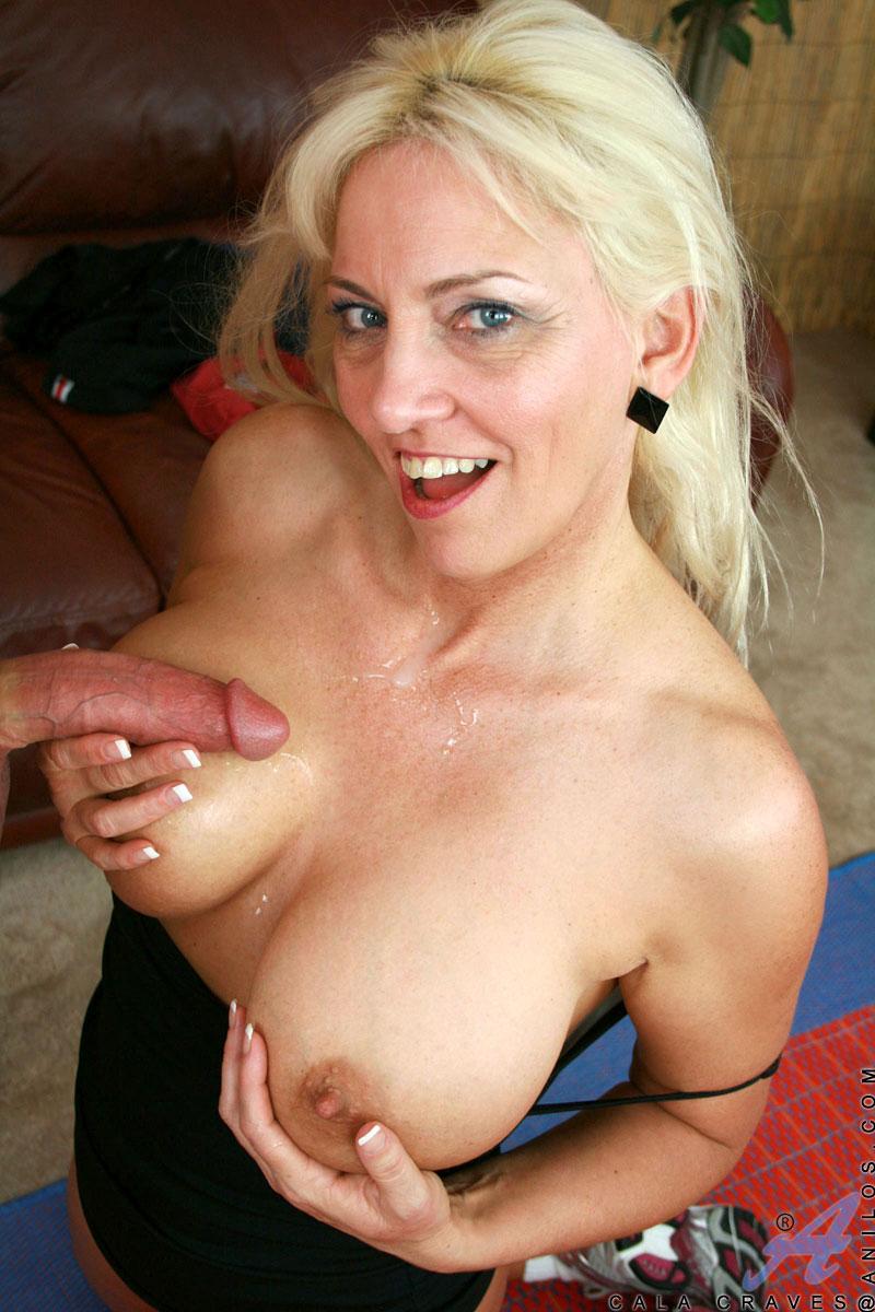 Digital double penetration blonde doghouse