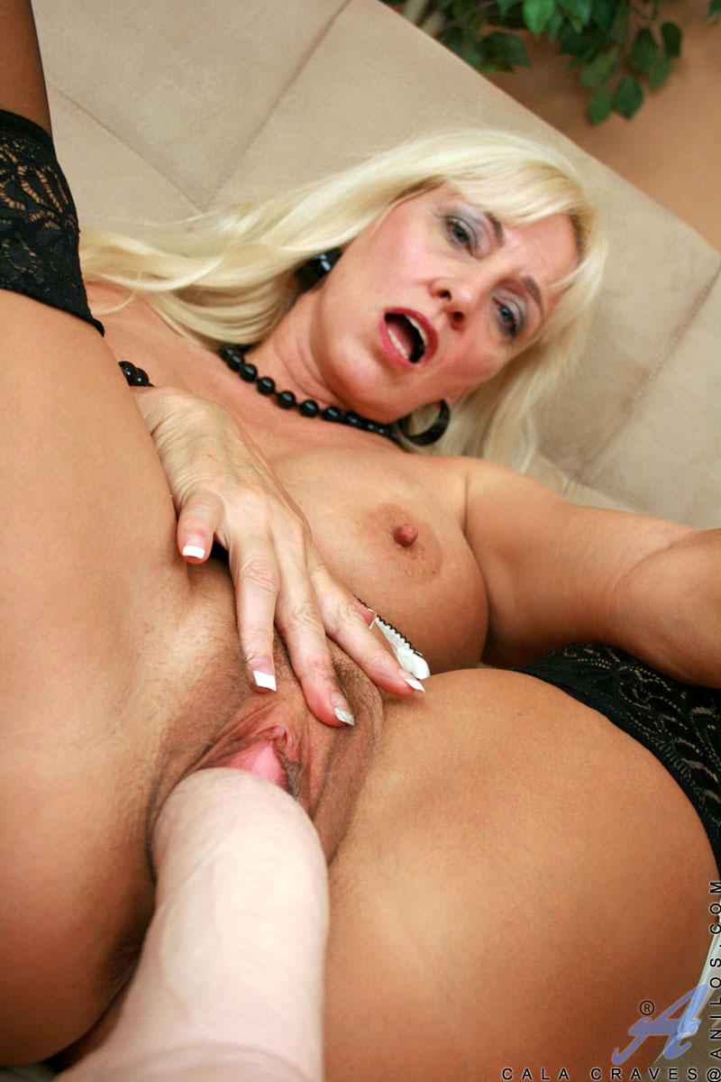 calinda-porn-pics-black-girl-havin-sex-picture