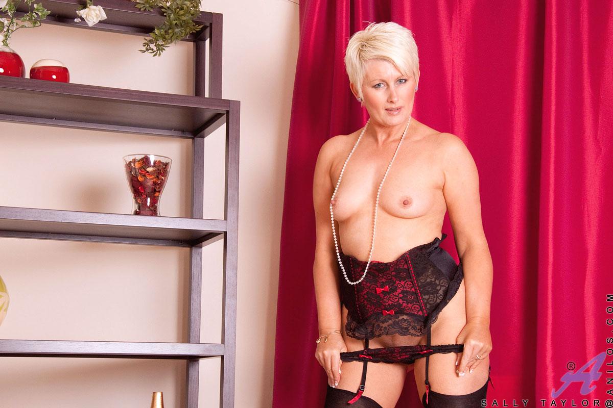 Английская порнозвезда салли тейлор — pic 10