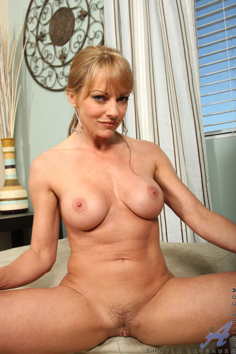 Cathy heaven and valentina blue 7
