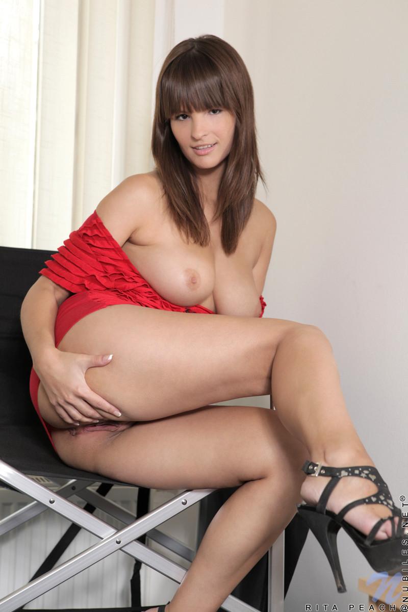 порно с актрисой рита адилес партнера