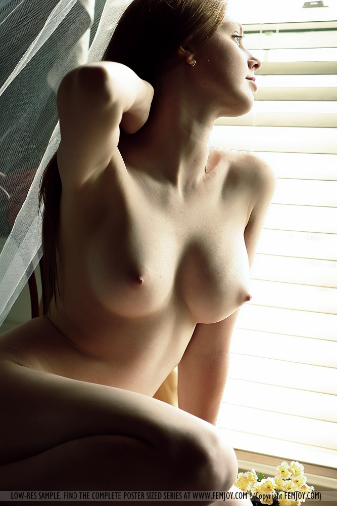 Девушки грудь ню фото