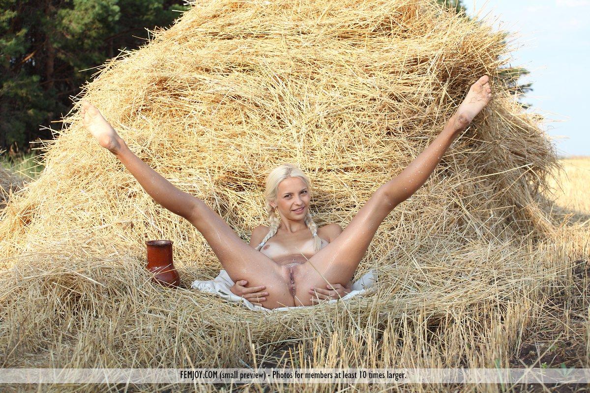 Деревенская девушка секс