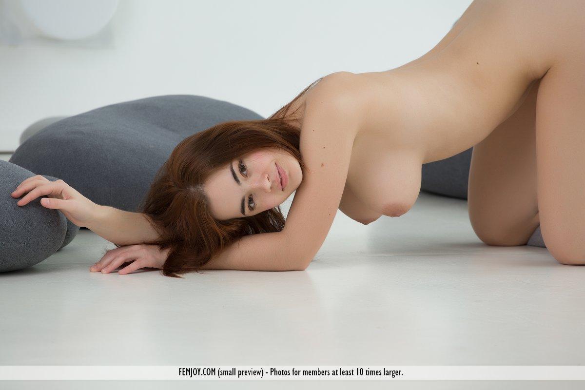 Pregnant kamilla s sexy ass